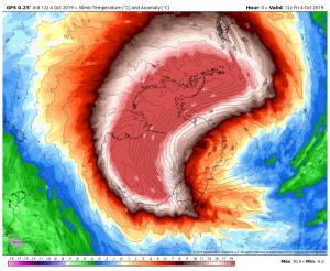 Anomalia delle temperature a 22 km sopra l'Antartide di altezza secondo il GFS lo scorso 4 ottobre 2019