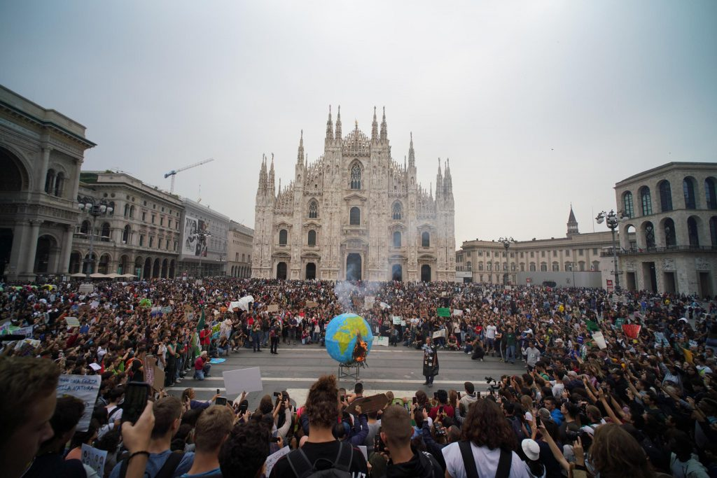Sciopero per il clima del 27 settembre a Milano. Foto ANSA