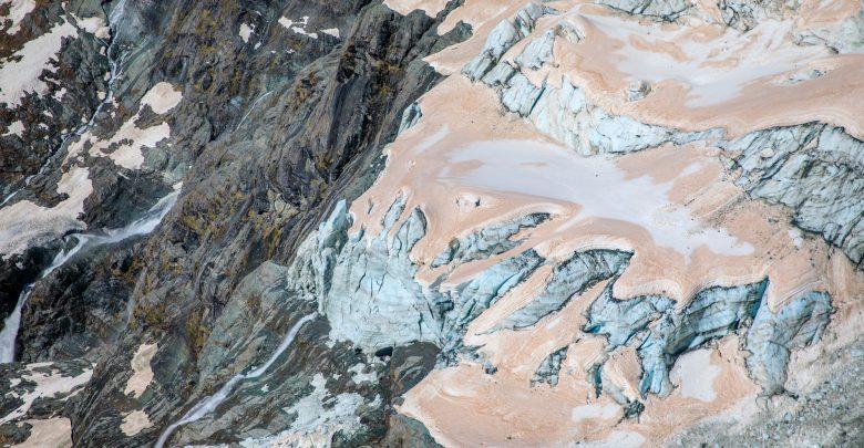 ghiacciai rosa nuova zelanda incendi