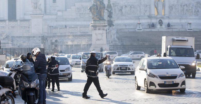 Risultato immagini per roma smog