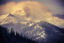 Sui monti di tutto il mondo resta solo un quinto di neve