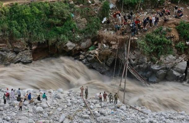 monsoni, alluvione in india